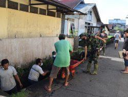 Usung Semangat Kebersamaan, Personel Pomdam Xll/Tanjungpura Bersihkan Saluran Air